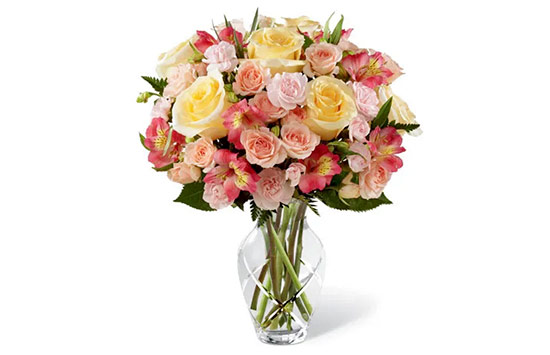 The Meaning of Pink and Yellow Roses
