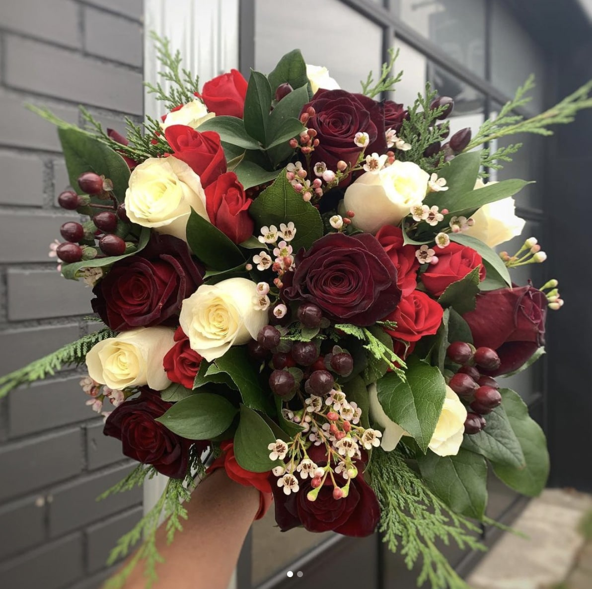 Bouquet of Black Baccara Roses